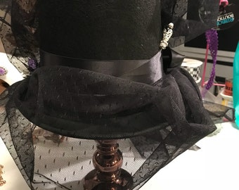 Woman's Victorian Riding Hat