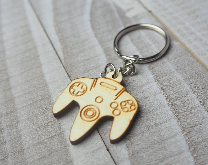 N64 Controller Keychain | Laser Cut Jewelry | Wood Accessories | Wood Keychain