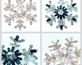 sparkling snowflake pin brooch with rhinestones!