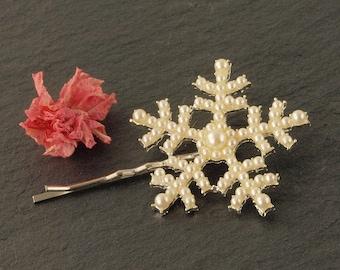 Pearl Snowflake Wedding Hair Clip | Winter Hair Grip | Wedding Hair Accessories | Christmas Hair Clip | Pearl Bridal Hair Grip | Yule