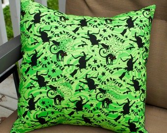 Wicked Witch Halloween Pillow Cover, Decorative Toss Pillow, Accent Pillow, Throw Pillow, Pillowcase, Black Cat - Fits 14x14 inch form