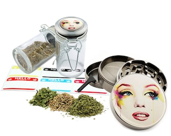 "Marilyn Monroe - 2.5"" Zinc Alloy Grinder & 75ml Locking Top Glass Jar Combo Gift Set Item # 50G012516-9"