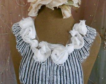 Black and White Rosette Collars