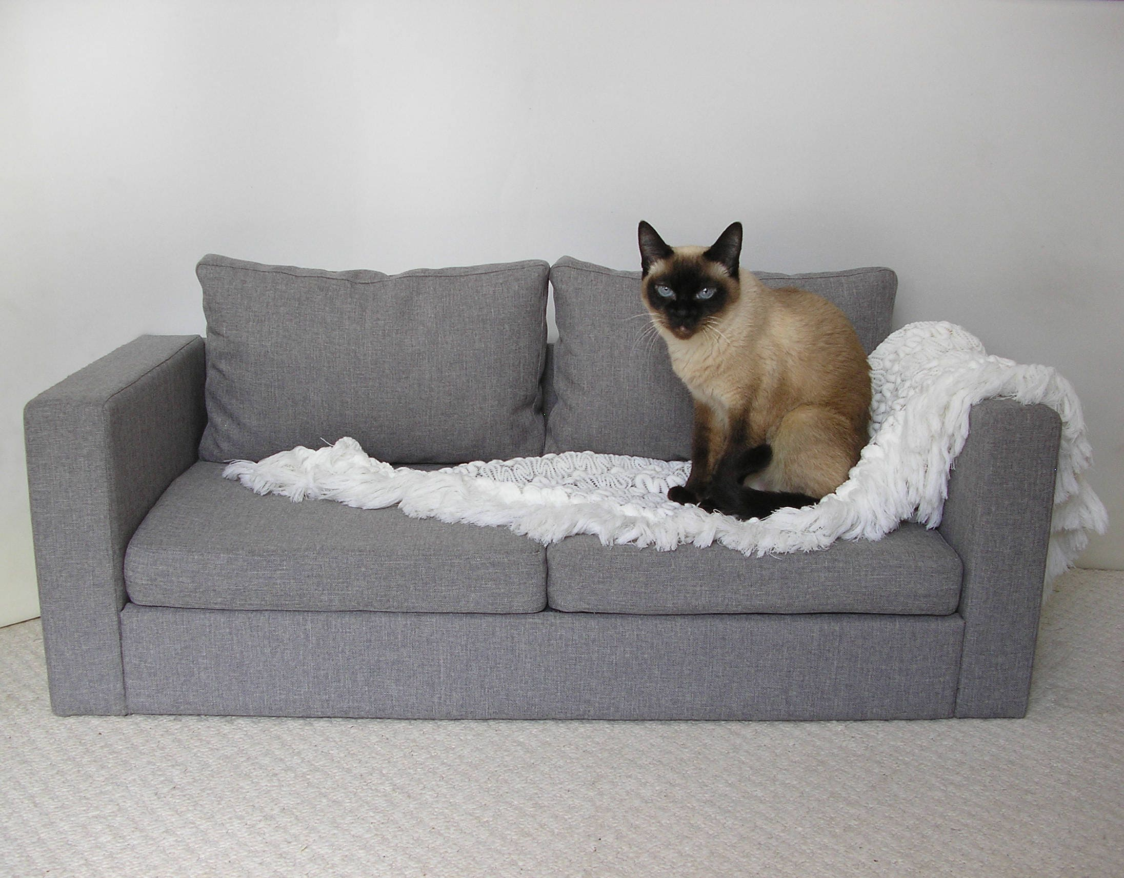 mini copy of ikea sofa for two cats sofa dog sofa pet pet. Black Bedroom Furniture Sets. Home Design Ideas