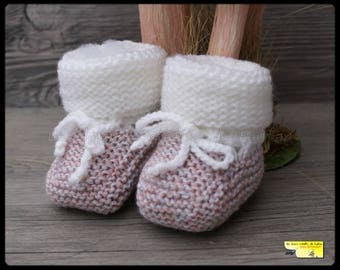 Ballet shoe pink grey blue and white knit