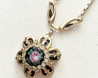 60's Vintage Victorian Style Pink Flower Necklace