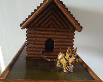 Cute scottish Terrier on log cabin, Scotty, scottie, spardose, vintage piggy Bank... So cute