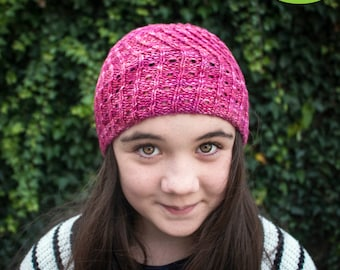 PDF knitting pattern - Hole Lotta Twistin