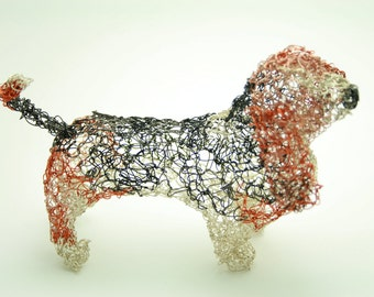 Bassett hound wire sculpture