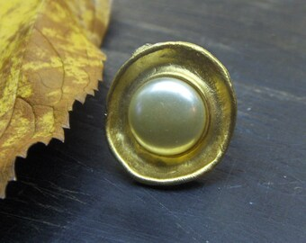 MABEL // Handmade upcycled Vintage brass & Faux pearl Button cocktail ring. Gift idea for her - stocking stuffer