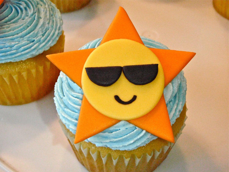 Sun wearing Sunglasses Edible Fondant Cupcake Topper