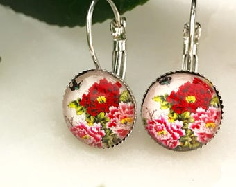 Pretty Earrings, Pretty Dangle Earrings, Flower Earrings, Cute Earrings, Silver Earrings, Everyday Earrings, Floral Earrings, Red Earrings,