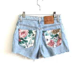 Levis Floral Pocket High Waisted Shorts