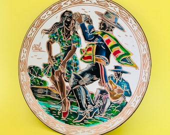 Vintage cooper plate from Chile. Chilean plate. Decorative plate. Cooper plate. Cooper art. Folk dance. Chilean folk art. Decorative art