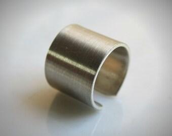Ear Cuffs / Cuff Earrings / Minimalist Ear Cuff - Fake Cartilage / Clip On Cartilage //