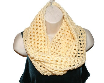 Womens Cowl, Crochet Cowl, Chunky Infinity Cowl, Winter Neckwarmer, Winter Cowl, Autumn Fashion Cowl, Winter Scarf, Mesh Cowl, Loop Sc