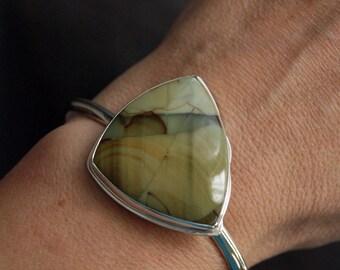 Verdant, A Morrisonite and silver cuff bracelet