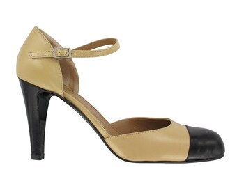 Beige and black leather pump, Leather ankle strap pump, Beige leather women shoes, Handmade in Italy, leather strap shoes, Paola