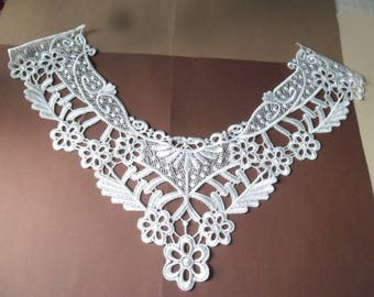 x 1 beautiful applique lace collar facing 49.5 white floral lace x 33 cm F 10