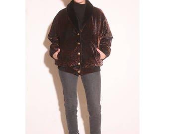 Vintage 1990s Textured Velvet Paisley Faux Fur Lined Batwing Bomber Jacket size L