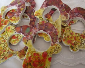 Set of Six Hamsa Ceramic Colorful Napkin Rings in Yellow, Red and Purple