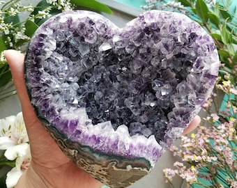 Amethyst Geode Heart > Huge Natural Amethyst Crystal Cluster from Uruguay > Crystal Druzy Heart, Purple Crystals - 3.2lbs