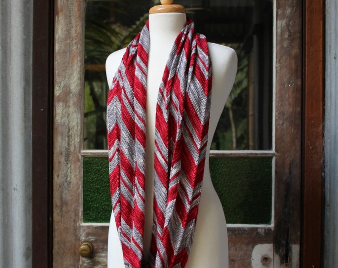 Big Zig Loop Cowl Pattern.  PATTERN ONLY!!!
