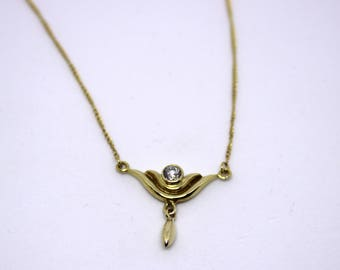 Soft Necklace/anchor chain with integrated Pendant