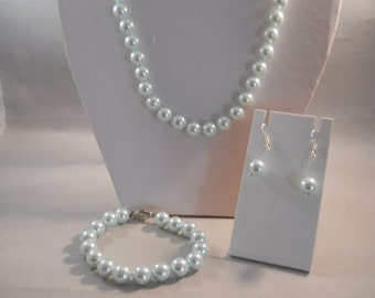 10mm Pale Blue Sea Shell Pearl Necklace, Bracelet and Earrings Set