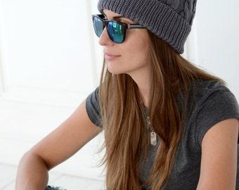 Knit hat in grey with fur pompom Knit beanie Women pom pom hat Winter cable knit hat Pom pom fur beanie Cable knit hat Womens knit hat