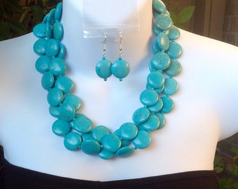 Triple Strand Turquoise Necklace. Matching Earrings. Chunky Turquoise Coin Necklace. Bridal Necklace. Bridesmaid necklace. Wedding necklace.