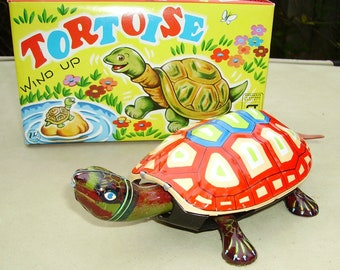 Tortoise clockwork wind-up tin toy Nakayama Japan Boxed