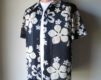 Vintage Early 1990s Black Yellow and White Plumeria Hibiscus Aloha Print Hawaiian Shirt L