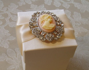 Elegant Vintage Cameo Wedding Favour. Bespoke. Various Colour Options.