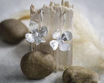 Solid silver handmade single fuchsia drop earrings