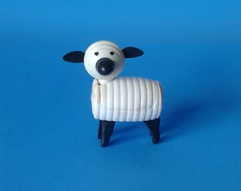 "Fisher Price Little People "" #915 Farm Sheep / Lamb "" 1970's"