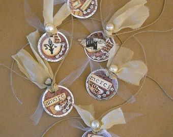 6 Dyed Metal Rimmed Round Gift Tags