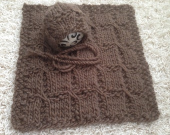 Newborn knit mini blanet and bonnet set - Roving- Photo prop-Gift
