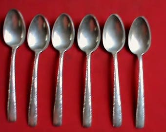 Set of 6 vintage 1940s Gorham Sterling Silver Camellia pattern 6 inch spoons, No Monogram.