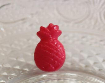 hot pink pineapple button