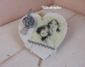 romantic vintage style wooden heart