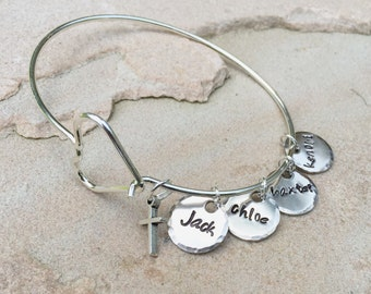 Valentine For Mom, Mom Bracelet, Personalized Bangle Bracelet, Custom Bangle, Personalized Family Bangle, Hand Stamped Custom Bangle