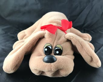 """1985 Tonka Pound Puppies Newborn, Brown puppy with Red Bow. 8"""" long"""