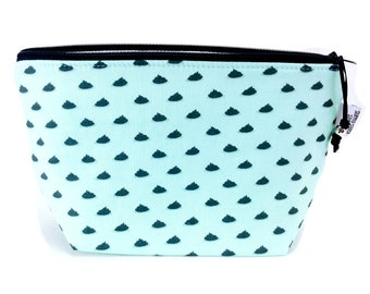 Gusseted Zipper NOTIONS POUCH with zipper pull - Stinker