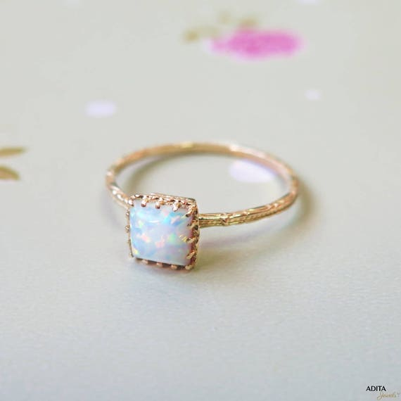 Completely new White Opal ring solid Gold Opal Ring white Opal Small GN04