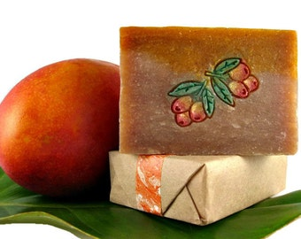 MANGO SOAP with Hand-Painted Mango Design. Gift from Hawaii. 4.5 oz.