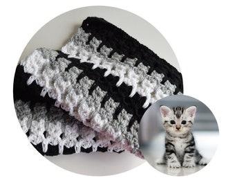 Cat Pet Blanket - Pet Bedding - Gray, Black & White