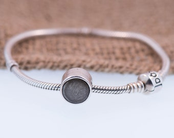 Circle Fingerprint Charm Handcrafted In Pure Silver