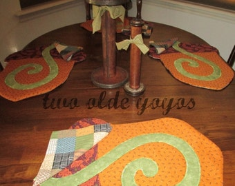 ACORNS,  PLACEMATS, SEASONAL Decor,  Set of Four,  Fall,  Autumn,  Home and Living,  Holiday Décor,  Gift Item,  Hostess Gift, Home Decor