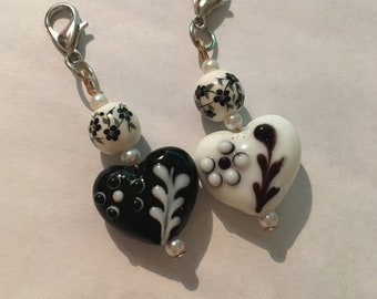 1pc Heart Dangle, Small Keychain charm, Romantic dangle, White Heart Charm, Black Heart Charm, Journal Dangle, Purse Dangle Charm